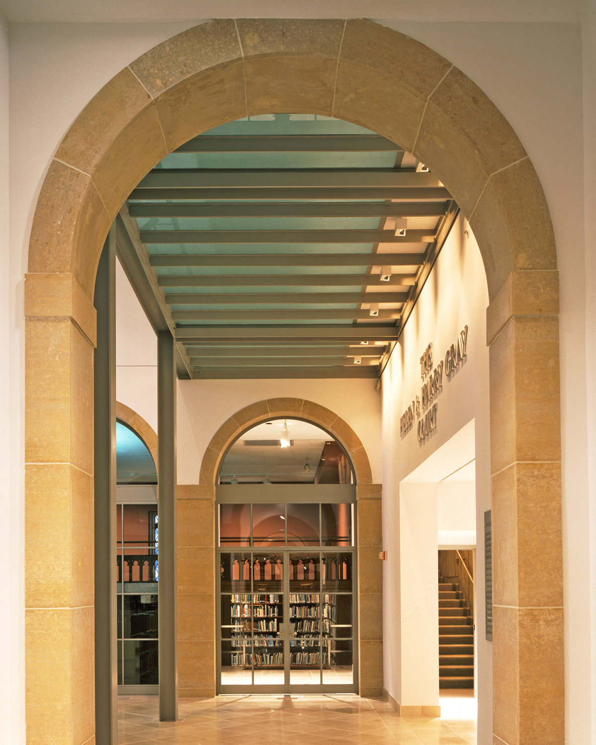 6 tskp wadsworth atheneum the helen and harry gray court limestone arches 1400 xxx q85