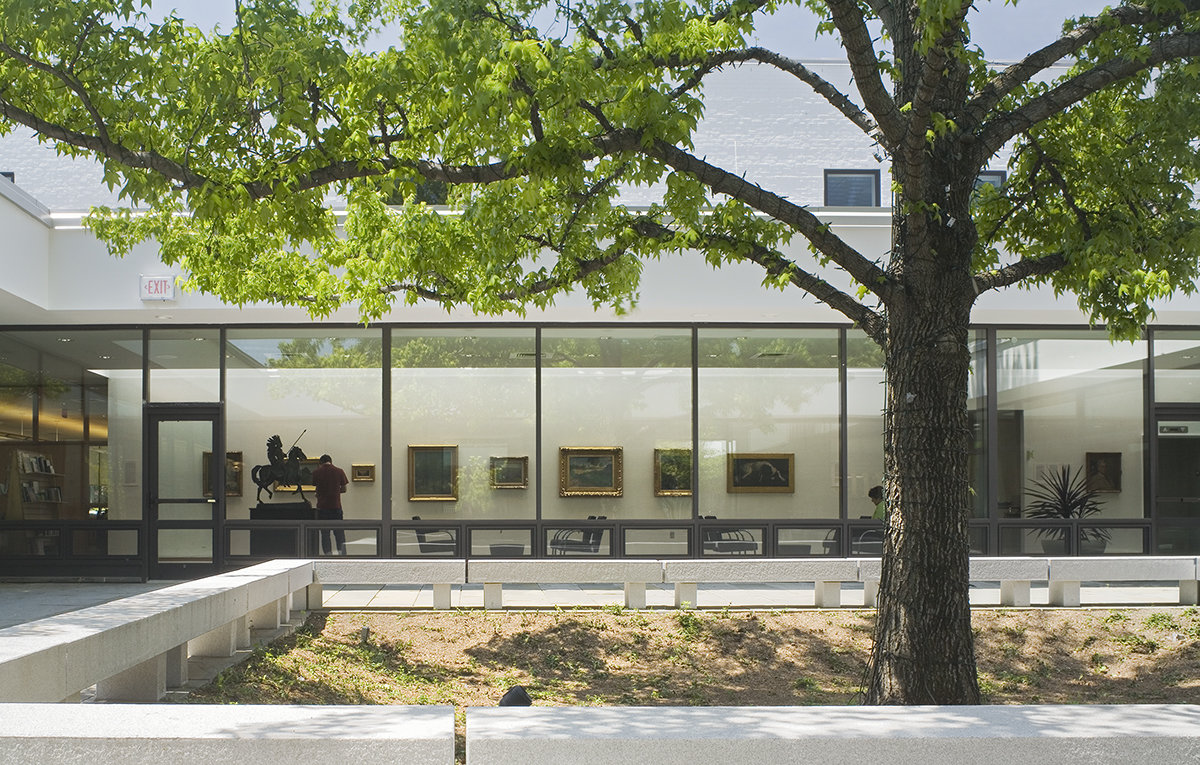 6 tskp wilton wilton library exterior detail from central courtyard lounge and gallery area 1400 0x0x1200x765 q85