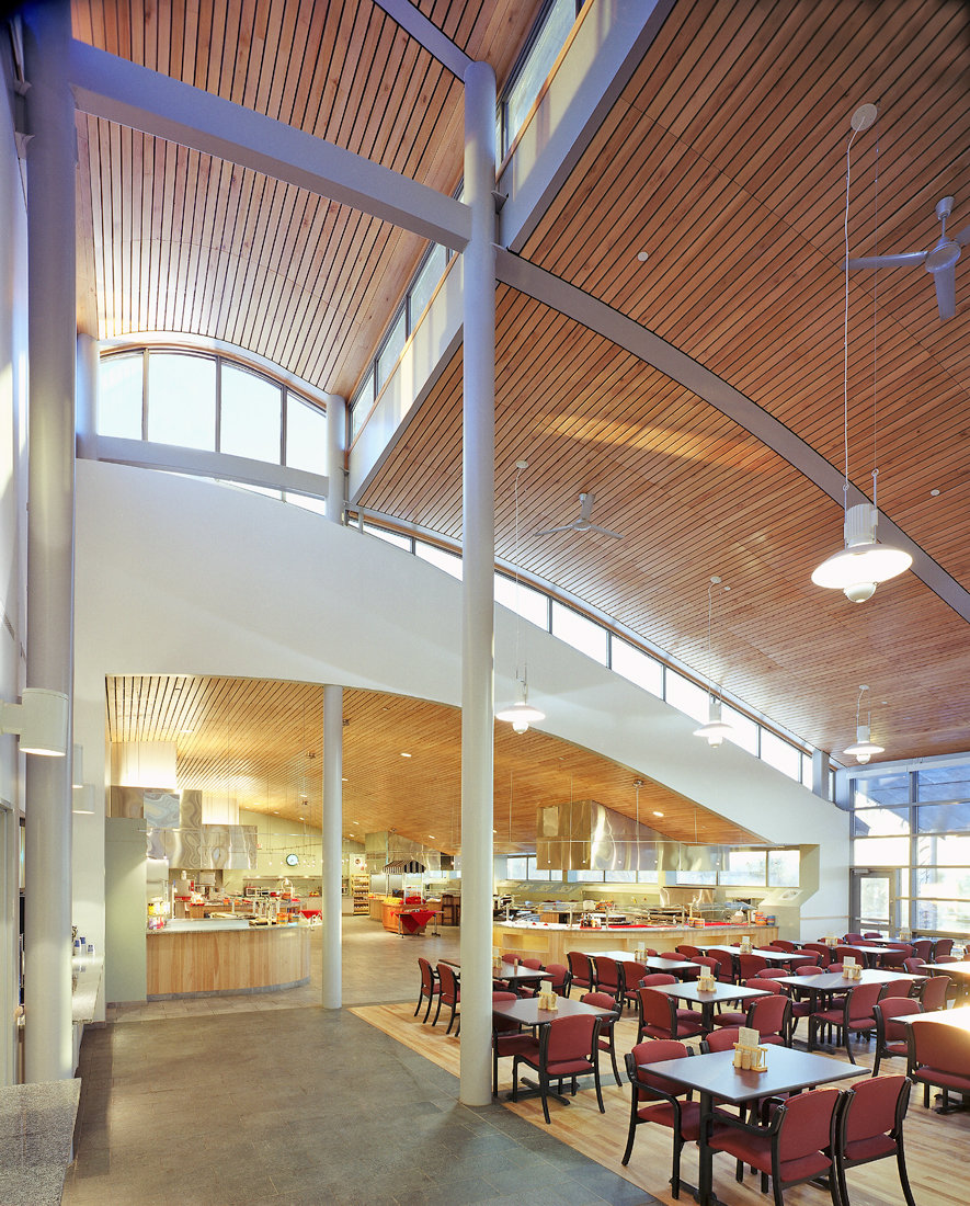 7 tskp middlebury college ross commons laforce hall interior detail dining hall seating area copy 1400 xxx q85