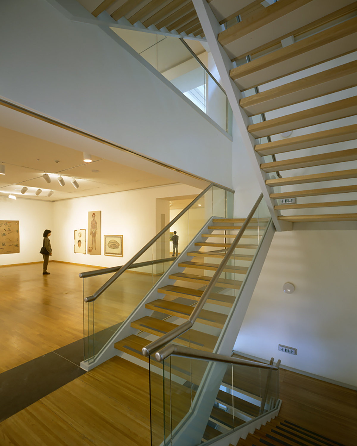 8 tskp kumho museum foundation kum ho art gallery interior gallery space artificial and natural lighting view of stairs 1400 xxx q85