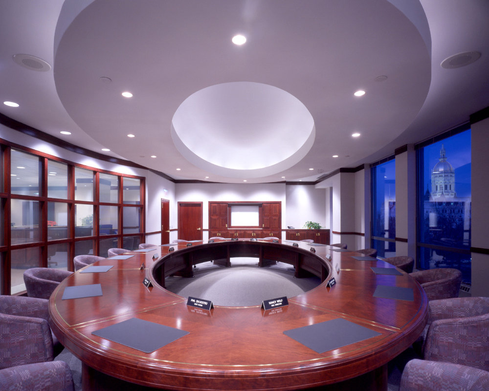 6 tskp ct education association capitol place interior detail of conference room lighting furnishings 1400 xxx q85