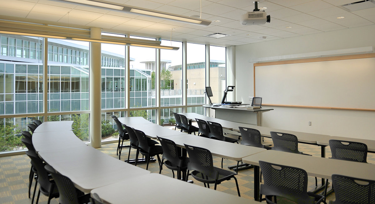 8 tskp manchester community college great path academy interior classroom lighting furnishings windows 1400 0x143x1200x654 q85