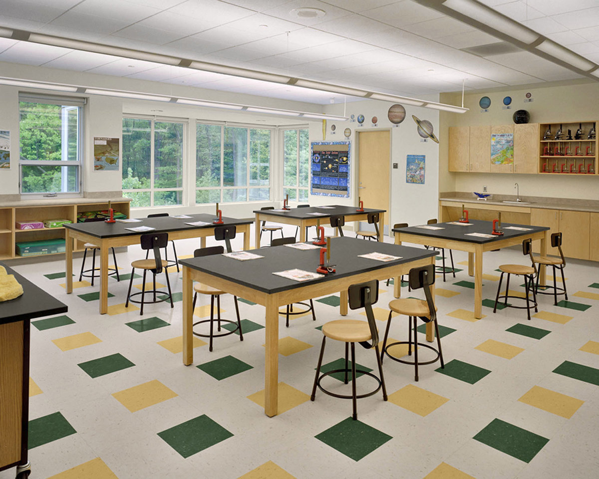 6 tskp fairfield mckinely elementary school interior detail classroom science lab windows lighting 1400 xxx q85