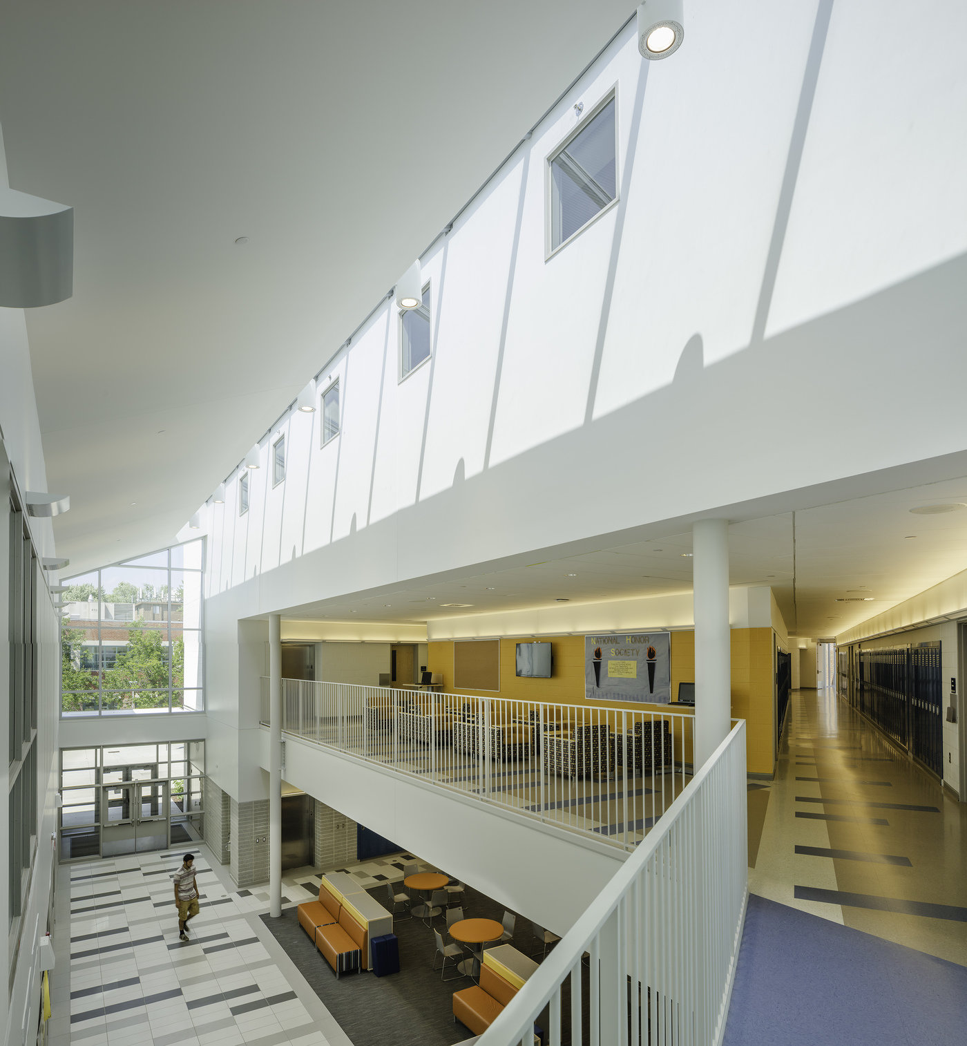 6 tskp hartford magnet trinity college academy interior view entrance halls upper level skylights1 1400 xxx q85