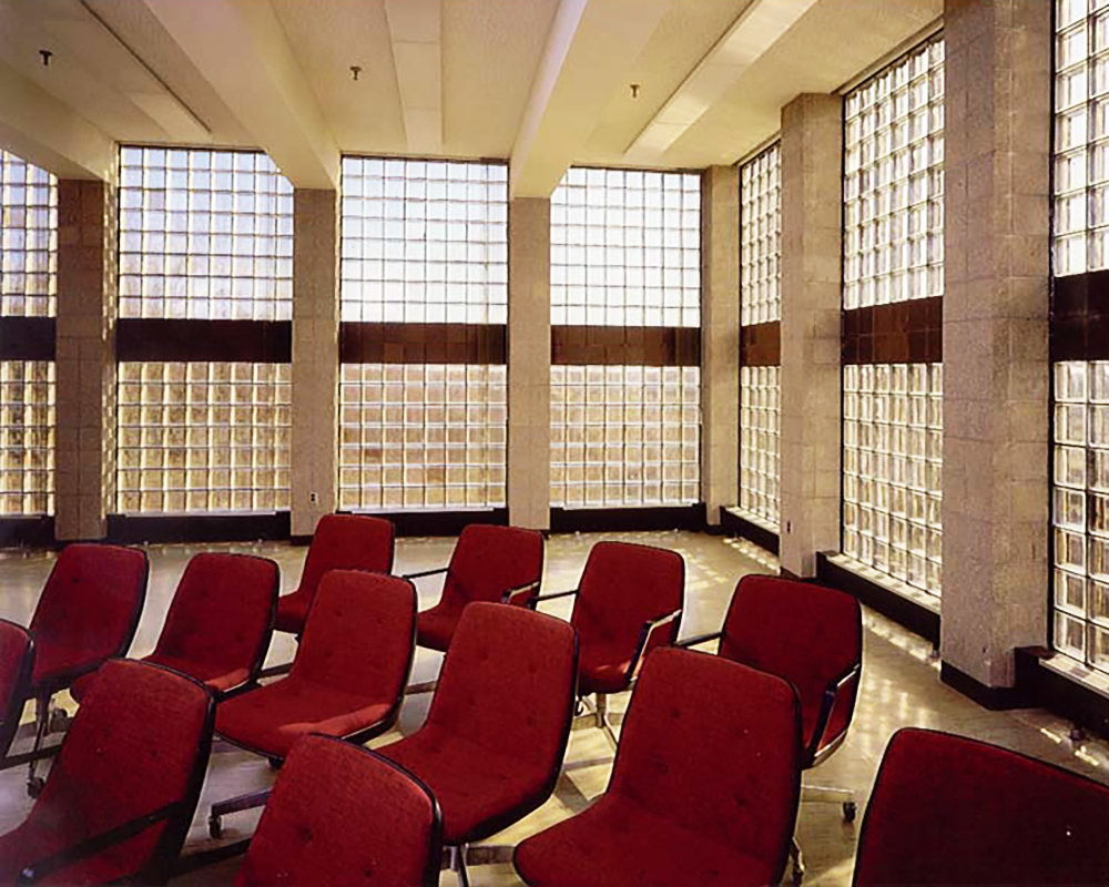 6 tskp groton united states navy submarine training facility interior detail lecture room natural light but private 1400 xxx q85