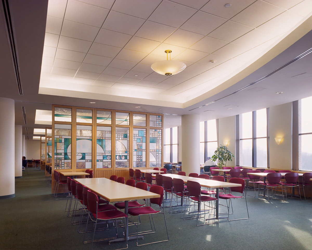 4 tskp university of connecticut health center john dempsey hospital andrew canzonetti building interior cafeteria seating area 1400 xxx q85