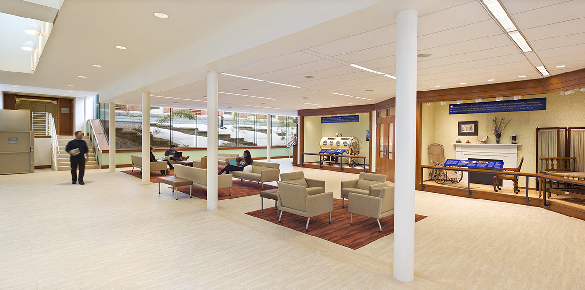7 tskp university of connecticut widmer wing school of nursing interior view of entire lounge space lighting fixtures and furniture 1400 xxx q85